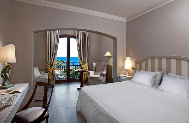 grand-hotel-baia-verde-camera-superior-vista-mare