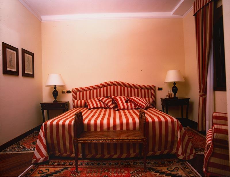 grand-hotel-baia-verde-red-suite