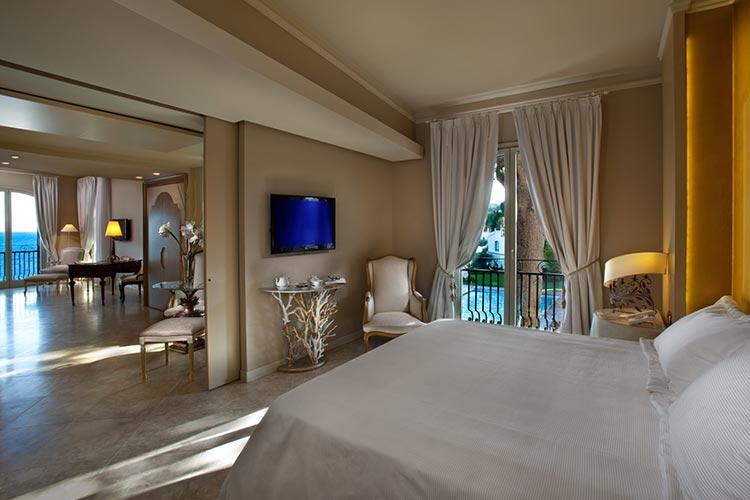 hotel-baia-verde-gold-suite-1